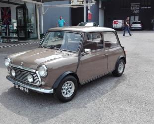 Mini 1000 Super Deluxe