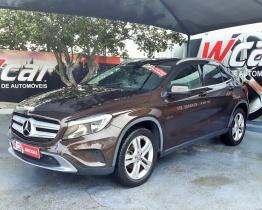 Mercedes-Benz 220 GLA
