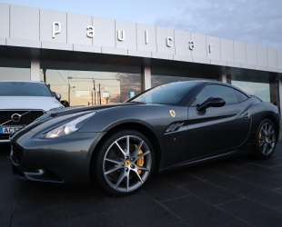 Ferrari California California