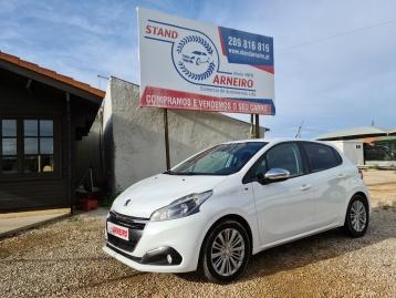 Peugeot 208 1.2i Style