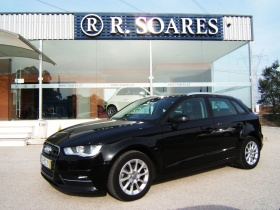 Audi A3 Sportback 1.6 TDI B.Line Attraction (110cv) GPS
