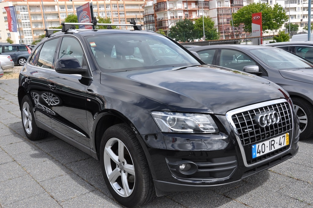 Audi Q5 2.0Tdi S-LINE