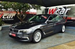 BMW 530 E Hibrido a Gasolina