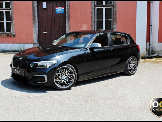 BMW 120, 2015