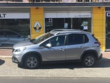 Peugeot 2008 1.2 Pure-Tech Signature