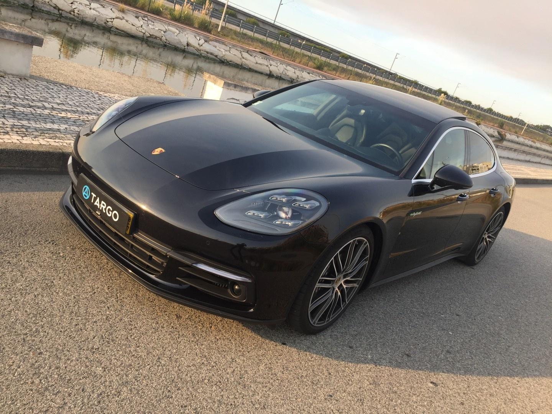Porsche Panamera 4 E-Hybid