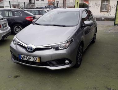 Toyota Auris 1.8 hybrid