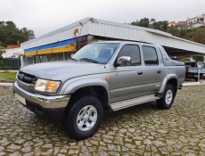 Toyota Hilux 2.5 D-4D Tracker