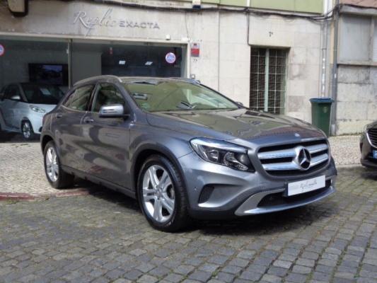 Mercedes-benz Gla 200, 2015
