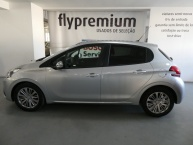 Peugeot 208 1.6 HDi Style 06/2017  21.639 Kms