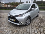 Toyota Aygo 1.0 X- PLAY PLUS