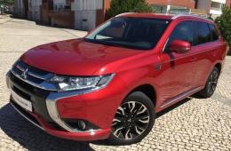 Mitsubishi Outlander 2.0 MIVEC Instyle Navi+