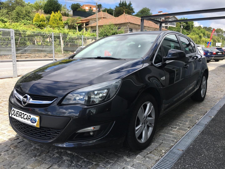 Opel Astra 1.6 CDTi Exucutive