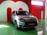 Mitsubishi Outlander 2.2 DI-D INSTYLE NAVI