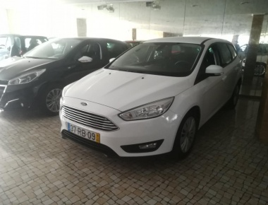 Ford Focus ST  1.0  TREND