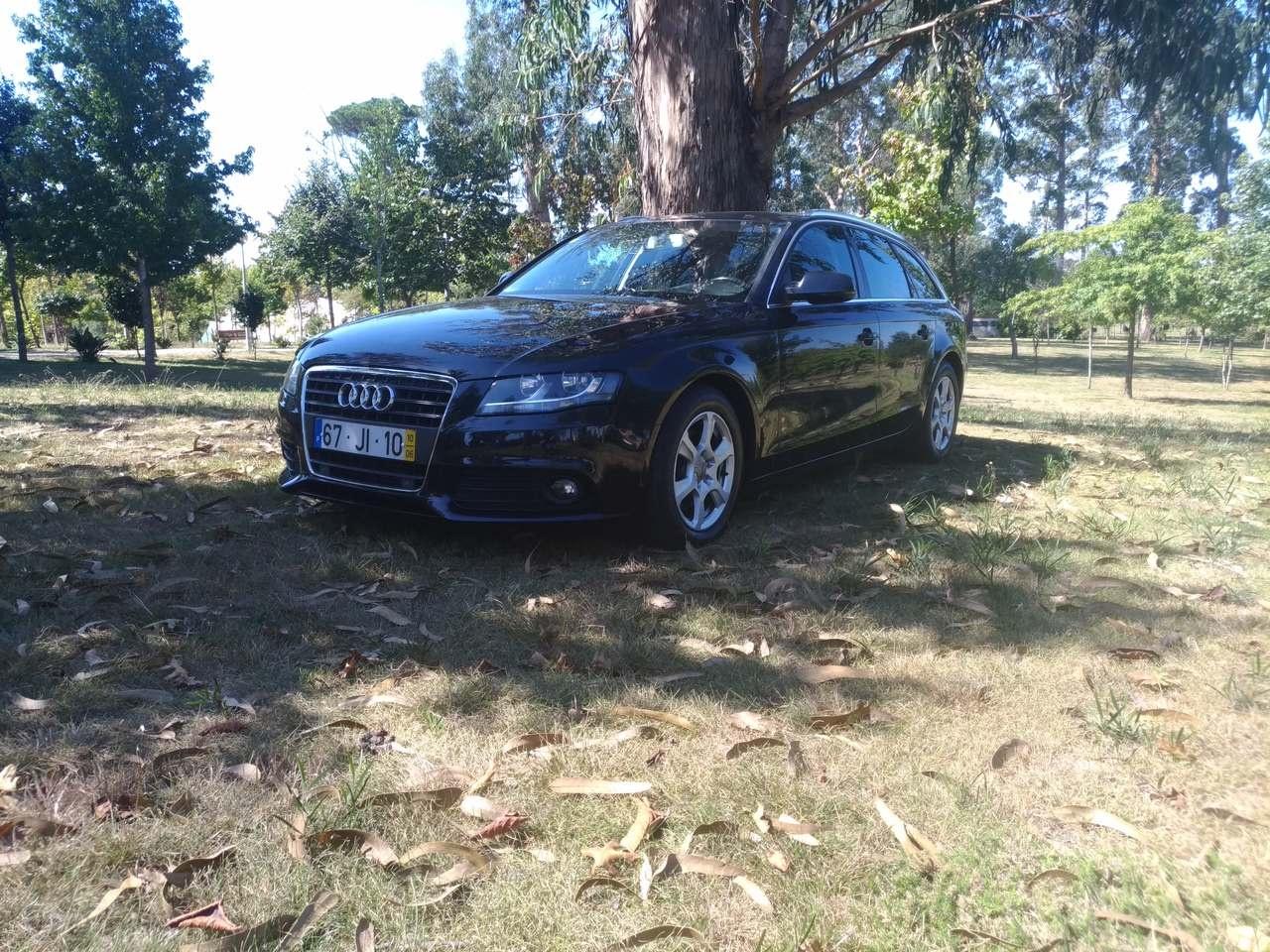 Audi A4 Avant 2.0 Tdi 136cv 6 velocidades Plus Extra 5 lugares 5 portas