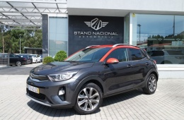 Kia Stonic 1.6 CRDI TX Orange