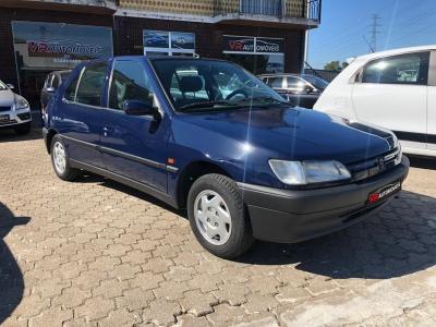 Peugeot 306 Hatchback 1.1 Gasolina