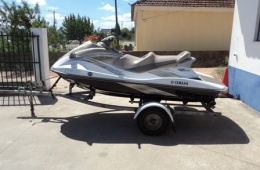 Yamaha Wave Runner VX Cruiser