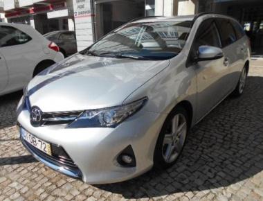 Toyota Auris Touring Sport 1.4 D-4D Com+P.Sport