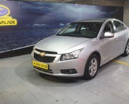 Chevrolet Cruze 1.6 LS GPL