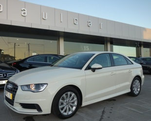 Audi A3 1.6 TDI ULTRA B-LINE ATTRACTION