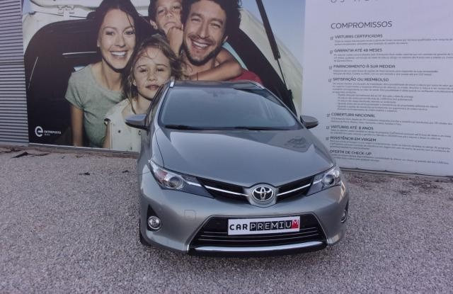 Toyota Auris Touring Sport 1.4 D-4D Exclusive