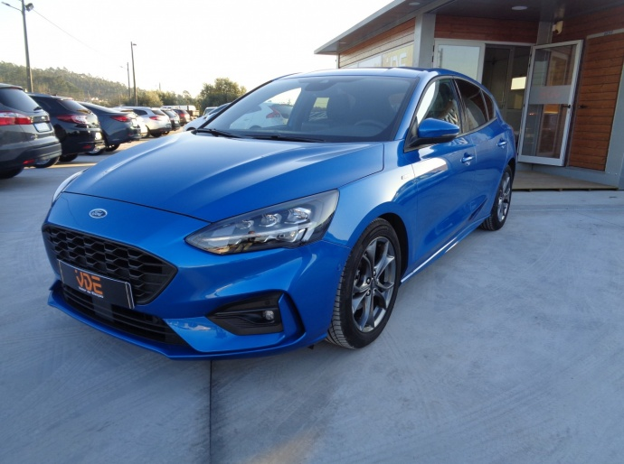 Ford Focus ST-LINE CX AUTO 8 VELOCIDADES