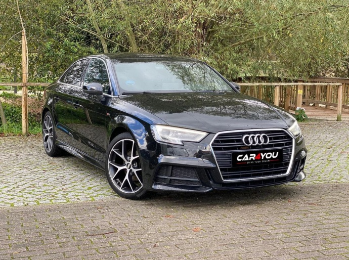 Audi A3 1.6 TDI Full S-LINE New Model