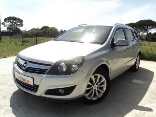 Opel Astra caravan, 2009