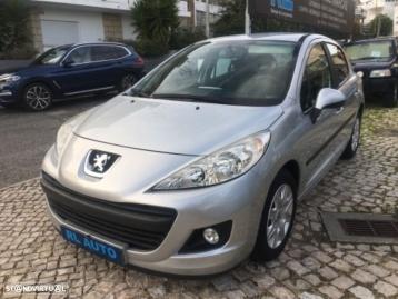 Peugeot 207 PREMIUM 1.4 i