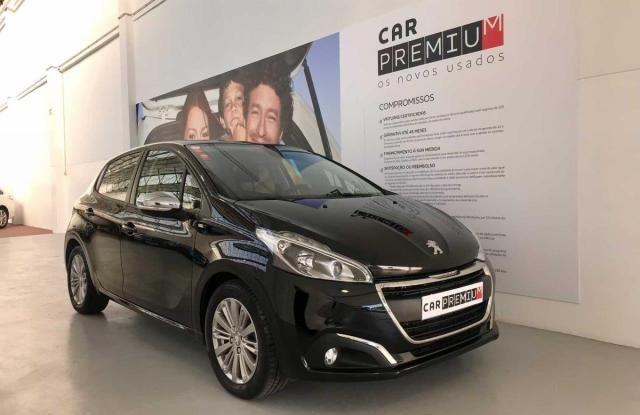Peugeot 208 Style 1.6 BlueHDi
