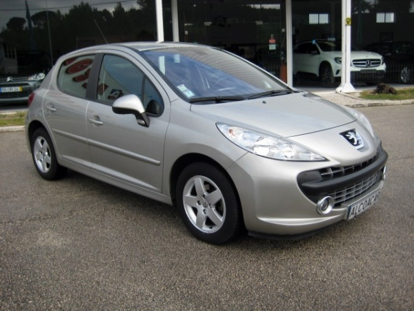 Peugeot 207 1.4 HDi Sportium (70cv) (5p)