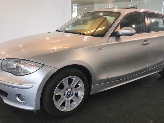 BMW 116, 2005