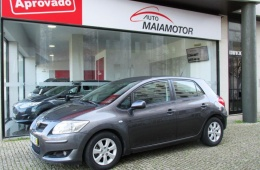 Toyota Auris 1.4 D-4D Gold Edition DPF