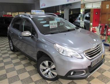 Peugeot 2008 1.2 VTI Style