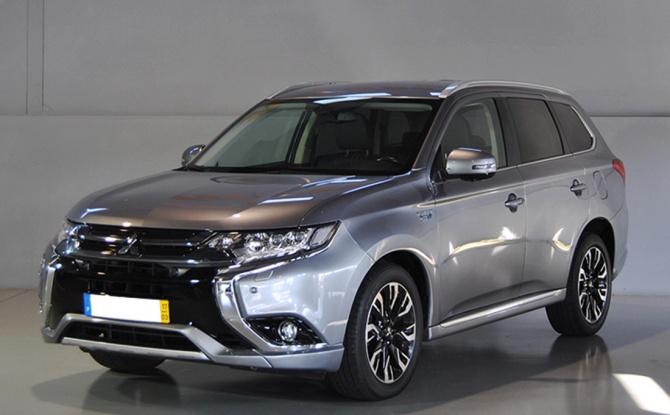 Mitsubishi Outlander 2.0 PHV INSTYLE PLUG-IN HYBRID