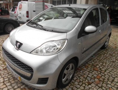 Peugeot 107 1.0 Black&Silver