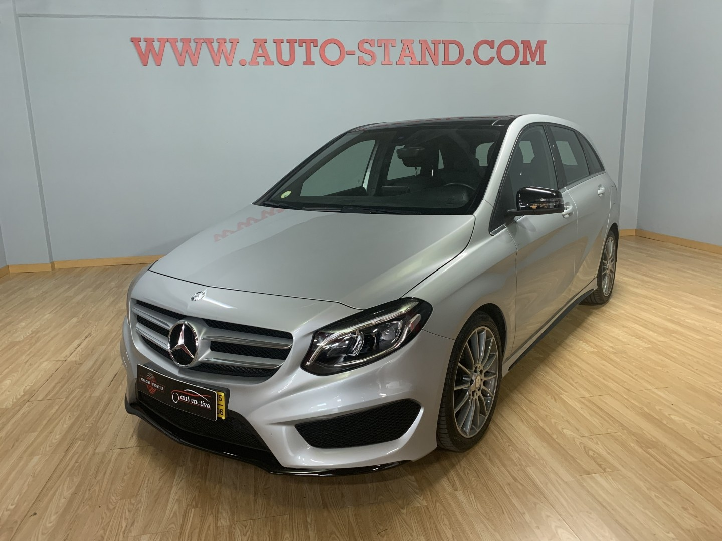 Mercedes-Benz B 180 B180D KIT AMG