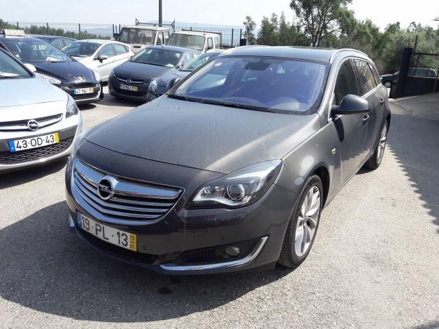 Opel Insignia   Cosmos Sports Tourer 2.0 CDTi