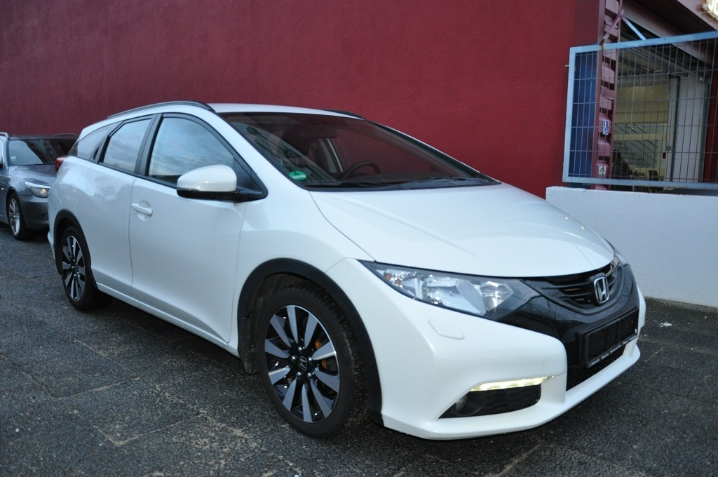 Honda Civic 1.6 DTEC Lifestyle