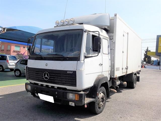 Mercedes-Benz 1117 .