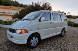 Toyota HiAce Combi 2.5 D-4D Curto Service 2.8T