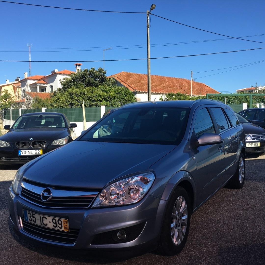 Opel Astra Caravan 1.7 DCTI COSMO