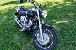 Yamaha XVS 1100 DRAGSTAR
