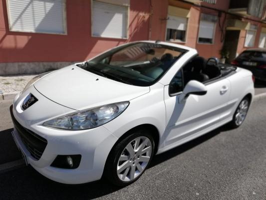 Peugeot 207 CC, 2010