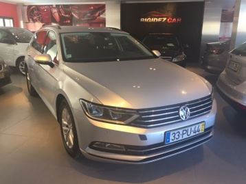 Vw Passat variant 2.0 confortline bluemotion