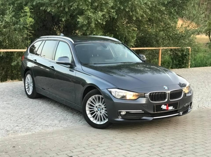 BMW 318 d Touring Line Luxury
