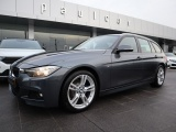 BMW 320 320 d Touring Pack M