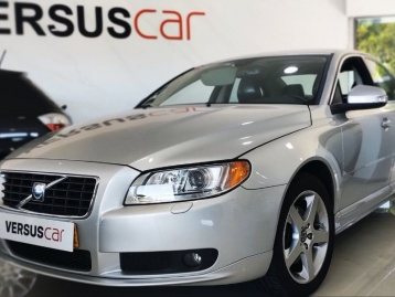 Volvo S80 2.4 D5 Momentum Geartronic